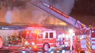 Flames tear through roof of kitchen, bath business in Scott Township