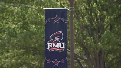 Online sports book raises money for Robert Morris University hockey programs