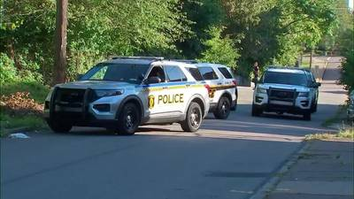 RAW: Man stabbed in Knoxville