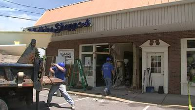 Car crashes into Kennedy Twp. businesses