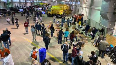 Allegheny Airport Authority holds annual auction of found items