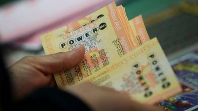 Powerball drawing: Winning ticket for $699.8M jackpot sold in California